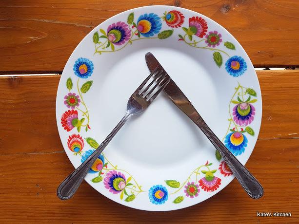 20180418 124615 - Wokół stołu – pięć przykazań, jak zachować się przy stole.