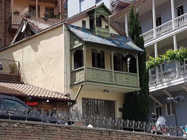20180515 143620 595x446 - Gruzja - Tbilisi
