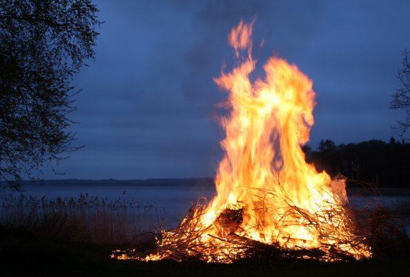fire 123784 595x402 - fire-123784