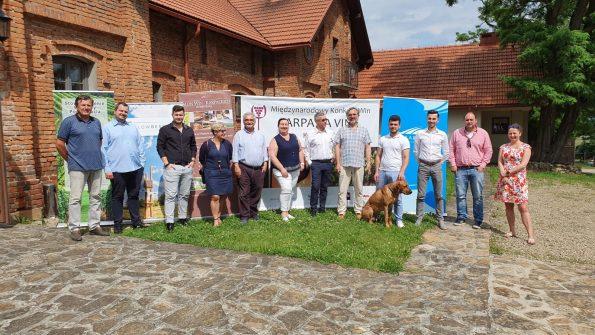 IMG 20200706 WA0026 595x335 - Międzynarodowy Konkurs Win Carpatia Vini 2020