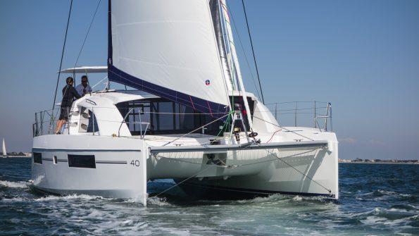 catamaran 737722 595x335 - catamaran-737722
