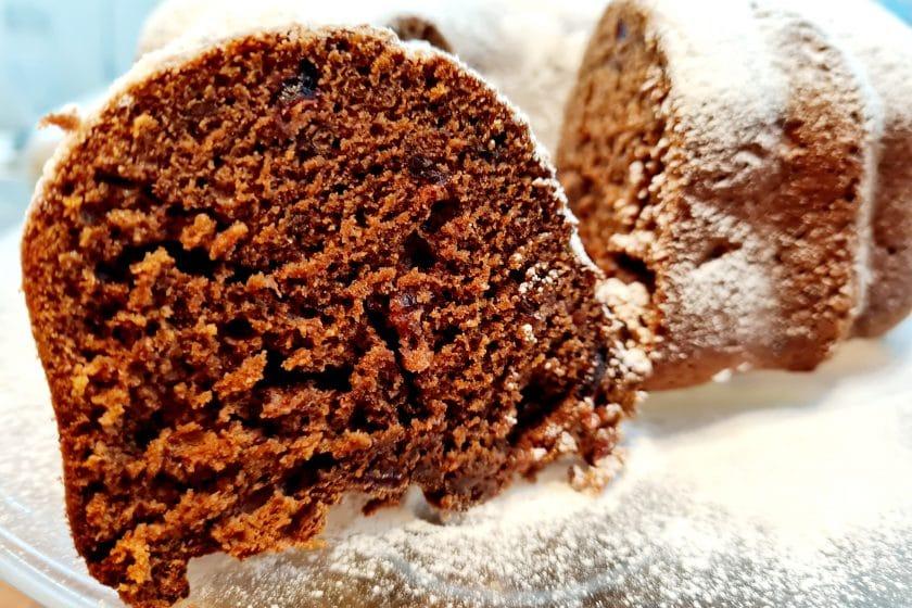 20210323 183405 840x560 - Ciasto kakaowe z żurawiną i orzechami